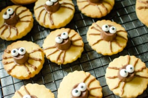 Cute Spider Halloween biscuits on a cooling rack