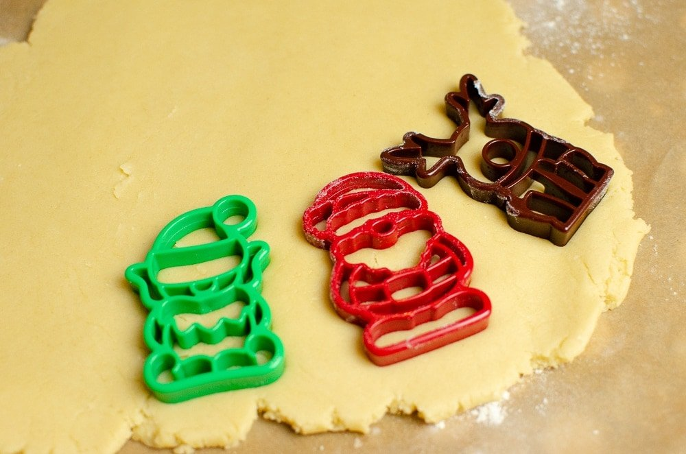 Joie christmas cutters reindeer, elf and santa in biscuit dough