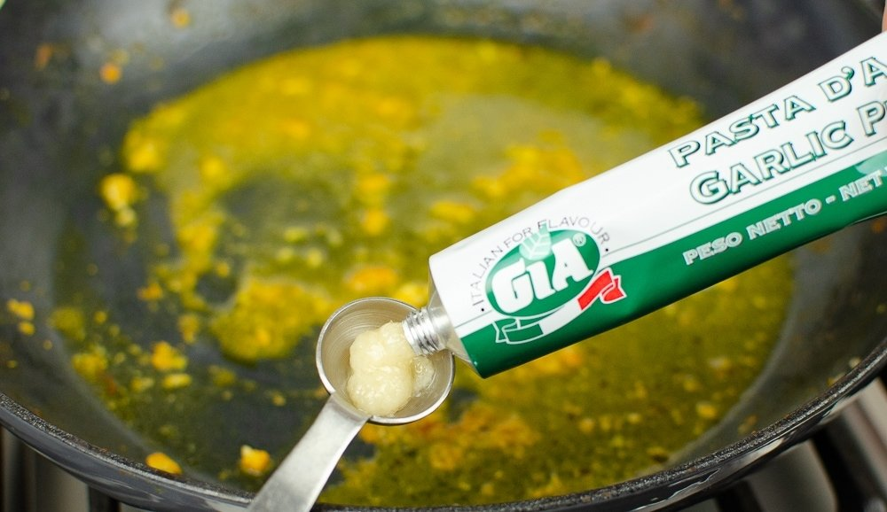 Gia Garlic Puree used in Curry Paste