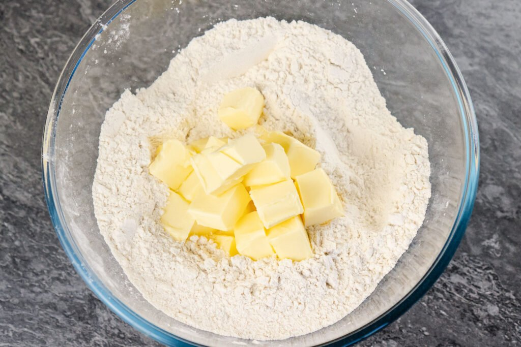 plain flour with cubed butter
